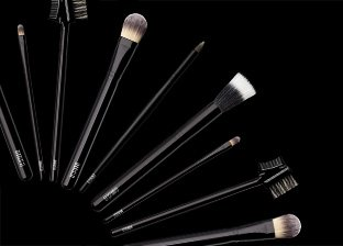 EF STUDIO Brushes & Cosmetics
