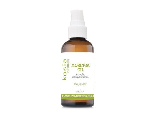 Moringa oil absorbs quickly into your skin. It never feels heavy or greasy, and it won't irritate sensitive skin. You can even use it on your hair to keep your scalp healthy and your strands shiny.