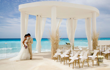 Apple Vacations Destination Weddings