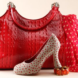 Poppy Red: Accessories & Shoes