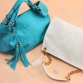 Yoki: Handbags