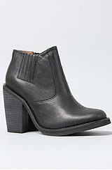 The Norm Boot in Black