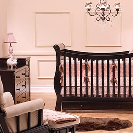 Happy Nursery: Classic Décor