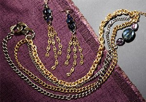 Up to 70% Off: Gold Jewelry