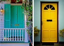 The Welcoming Entryway For the Colorful Home