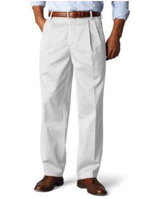 Dockers Signature Khaki D3 Classic Fit Pleated Pant