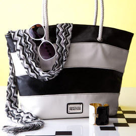 Black & White: Accents & Intimates