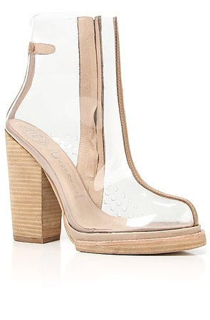 The Attina Wide Shoe in Beige and Clear