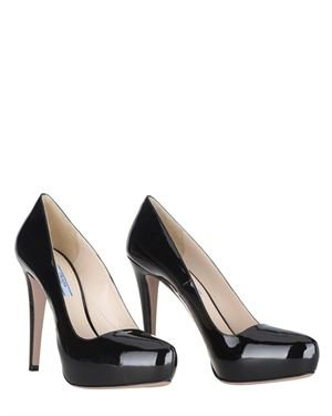 Prada Solid Color Patent Leather Pumps Made In Italy