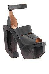 The Eggert Shoe in Black