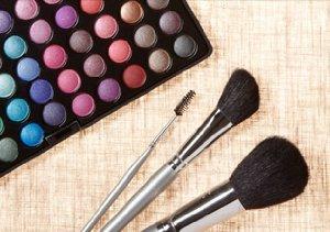 Spring Makeover: Makeup & Brush Sets