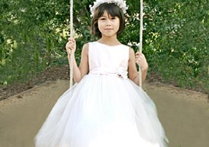 Communion Dresses: Isabel Garreton for Little Ladies