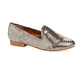 Think_fast_casual_shoes_129690_hero_3-24-13_hep_two_up