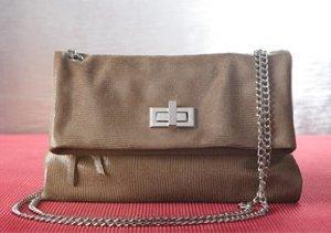 Neutral Territory: Earth Tone Handbags