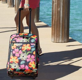 22in Rolling Carry On in Jazzy Blooms