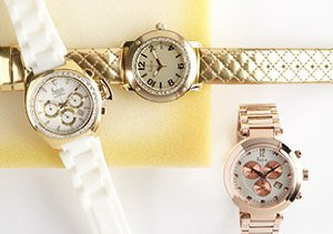 Freelook Très Chic Watches