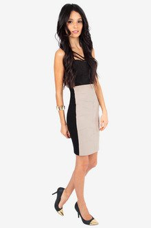 Leaves to Fit Skirt $32
