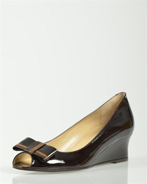 Bruno Magli Bow Detail Patent Solid Color Wedges Made In Italy
