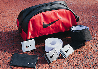 Shop New Travel Belts & Bags ft. Nike