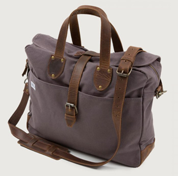 PEARSON MESSENGER BAG