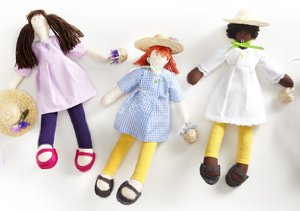Darling Dolls by Isabel Garreton