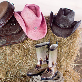 Wild West: Shoes & Accessories