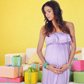 What to Wear: Baby Shower