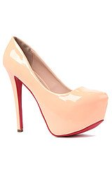 The Patent Leather Dolls Pump in Pink