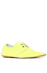 The Derby Shoe in Neon Giallo Leather