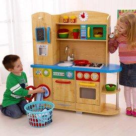 Pretend Play: Kitchen Toys