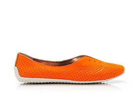 Bright_shoe_multi_123630_hero_5-1-13_hep_two_up