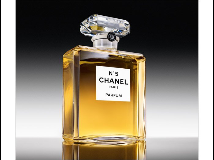 Nº5 The perfume earned its name because it was the fifth sample presented to Gabrielle Chanel.