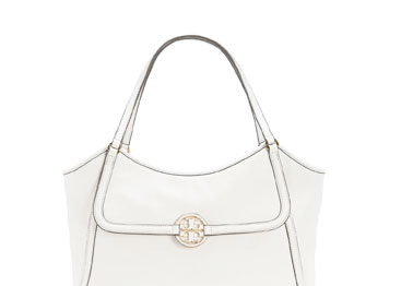 THE POLISHED TOTE