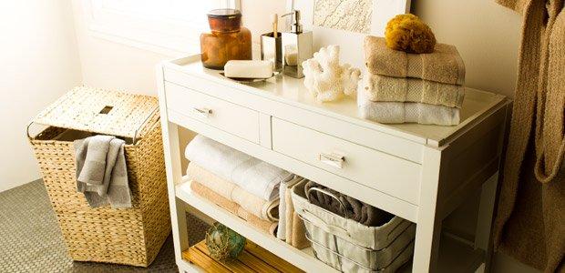 Classic & Clean: The White, Grey, & Neutral Bath