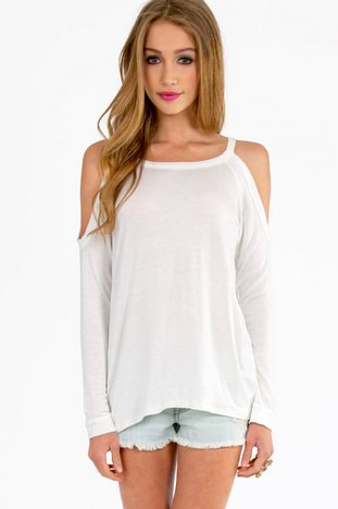 CASEYLIN COLD SHOULDER TOP 23