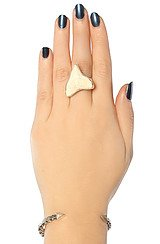 The Shark Tooth Ring in Silver