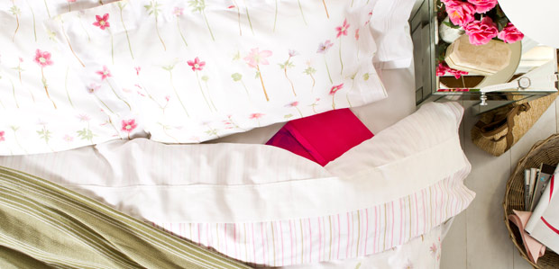 Light & Airy: The Summer Bedding Turnover