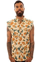 The Bebop Sleeveless Buttondown Shirt in Desert Pacific