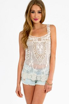 ALL OVER THE LACE TOP 22