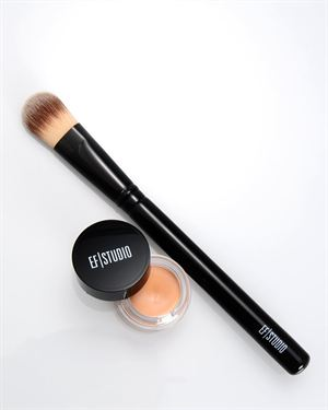 EF Studio Full Coverage Foundation & Foundation Brush Set