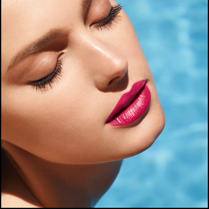 Discover scene-stealing new shades of ROUGE COCO SHINE