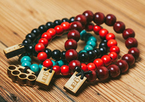 Shop Trending: Wooden Accessories