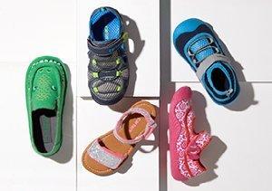 $17 & Under: Kids' Kicks