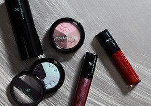 The Makeup Vanity: Palettes & Kits
