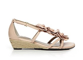 Me_too_also_feat_hush_puppies_140718_hero_6-7-13_hep_two_up