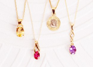 Gold Weekend: Necklaces Sale