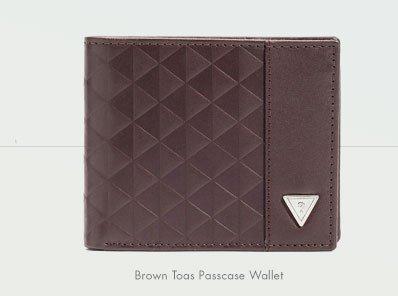 BROWN TOAS PASSCASE WALLET
