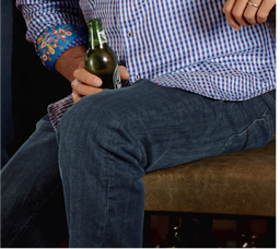 GREAT STYLE IS ABOUT STANDING OUT, NOT FITTING IN   SHOP ALL ROBERT GRAHAM