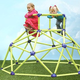 Fun Outside: Kids' Toys