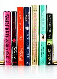 This Summer's Must-Read Books Plus The Stylish Beach Bags To Carry Them